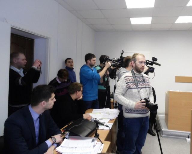 Прессе разрешили снимать только начало процесса. Фото: Алексей Владимиров