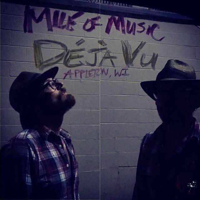 @mileofmusicfest @dejavuappleton 10:30 At capacity so get in line now!
