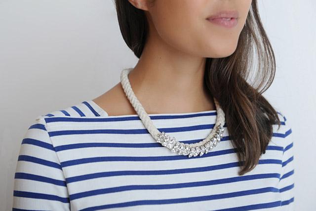 Hazte un collar marinero para salir a paseo