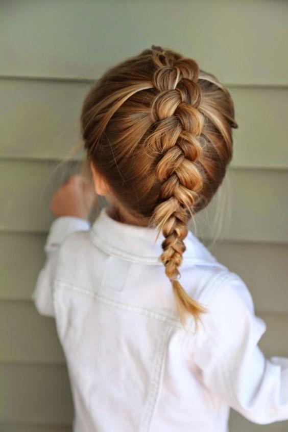 Peinados molones para las más peques de la casa