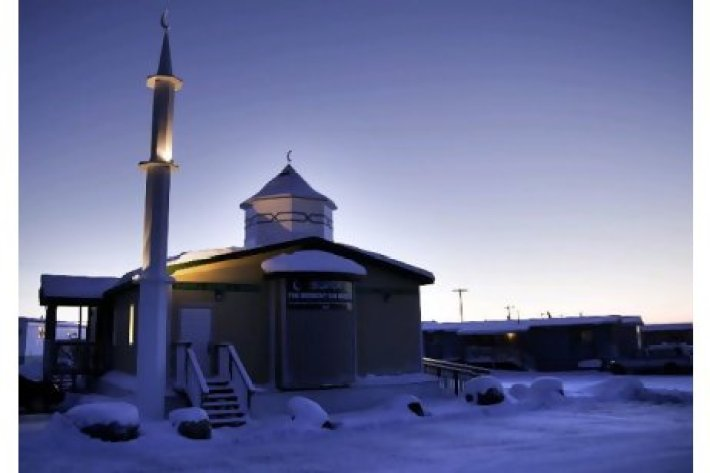 midnight-mosque-1