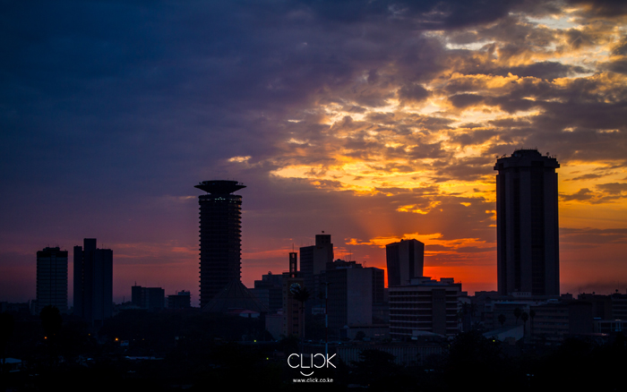 African Screens 24 – Fiery Nairobi Skyline