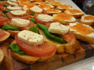 canapes-1434273-1-m