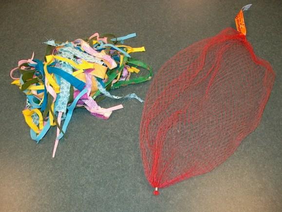PHOTO: supplies to build a nesting bag