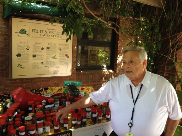 PHOTO: Volunteer Larry Aronson at the Pepper Discovery Cart.