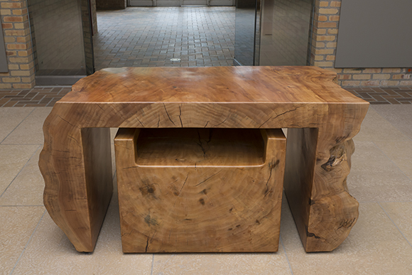 The front view of this massive desk, created from a single willow trunk.