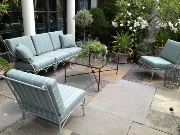 PHOTO: Vintage patio set.