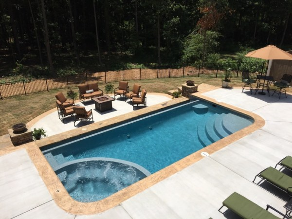 Pool 2 Vanishing Edge San Juan Fiberglass Pool install