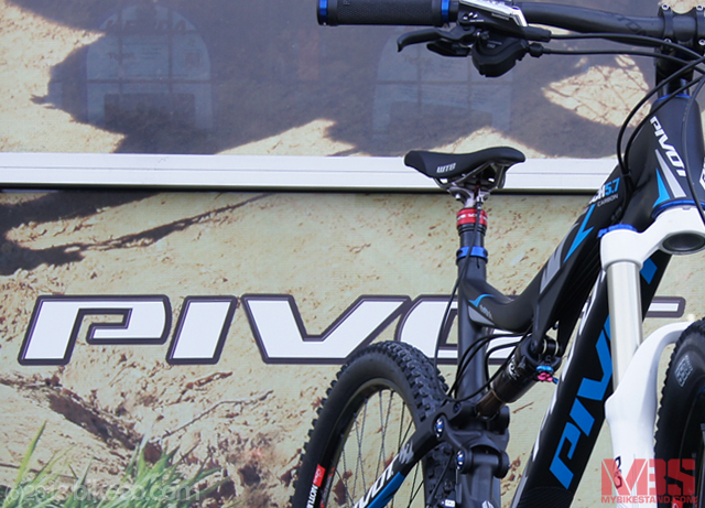 Custom 5.7 Carbon 650b with X-Fusion Fork