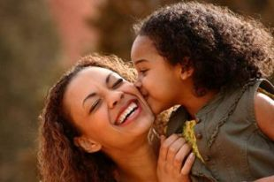 faith-motherhood-finding-and-modeling-contentment-for-my-daughters-sake