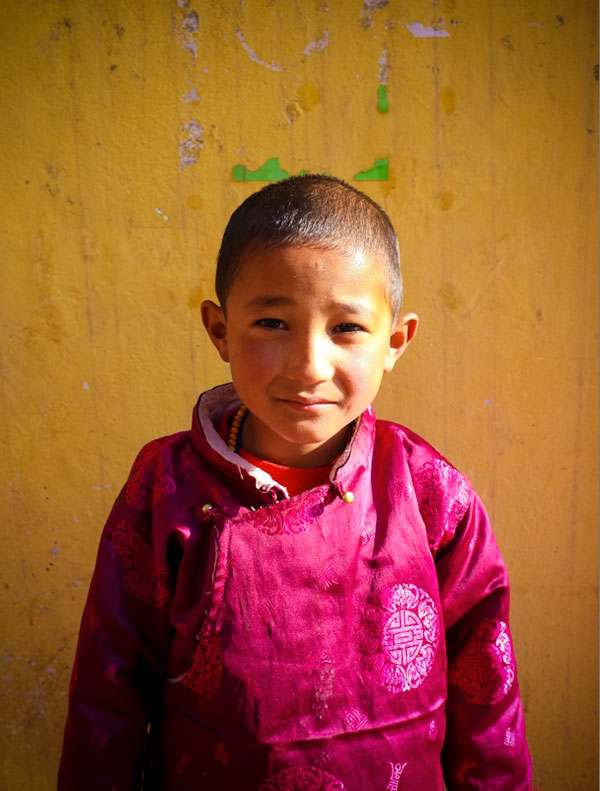 kid-in-nepal