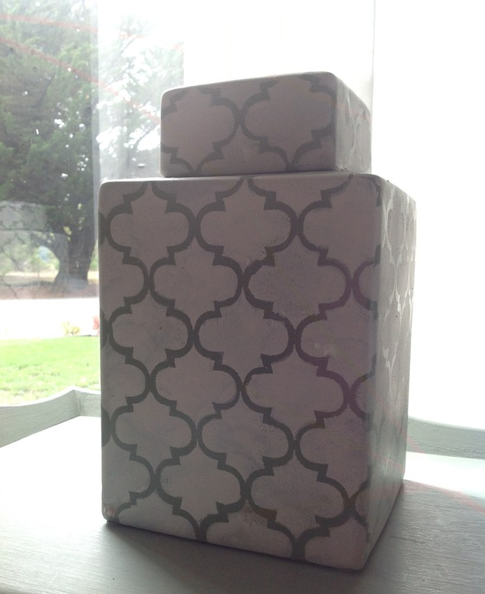 Vase Stenciling – An Easy Afternoon Project