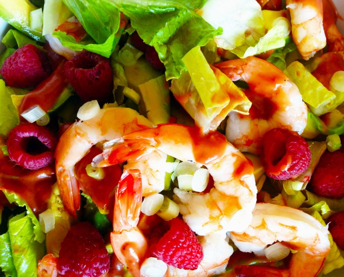 Exotic Raspberry & Shrimp Green Salad