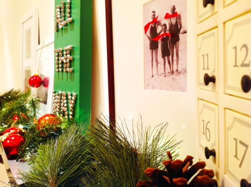 Christmas Mantel  With Canvas Art - mydearirene
