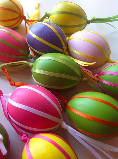 Easter Eggs With Tassel - mydearirene