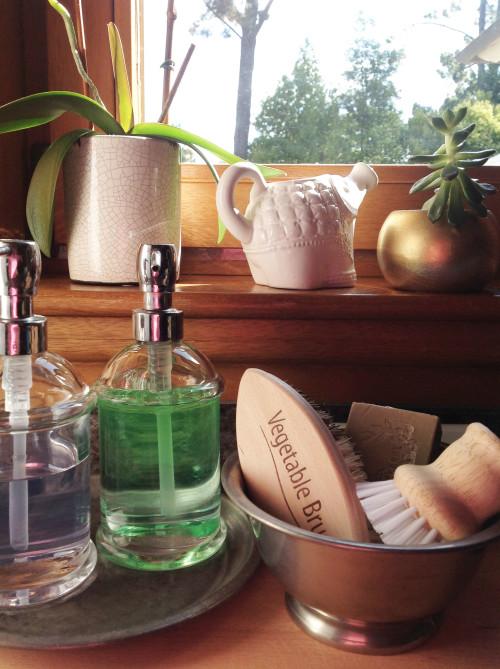 Pewter Bowl And Brushes - mydearirene