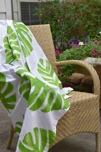 Make A Tropical Leaf Print Tablecloth