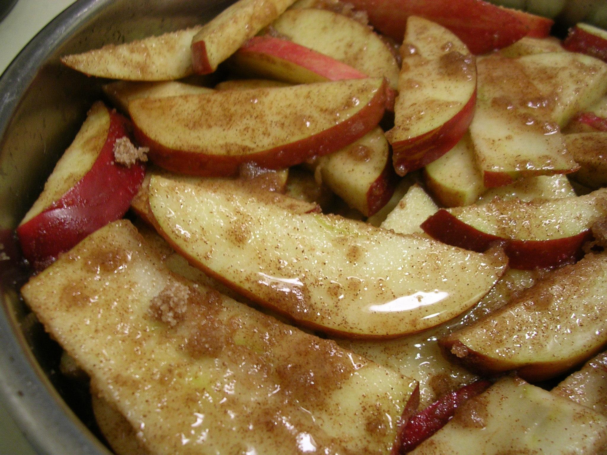 Fetching Baking Pan Apple Crisp A La Mode My Edible Memories Sliced Baked Apples Apples Pecans Sliced Baked Apples No Sugar nice food Sliced Baked Apples