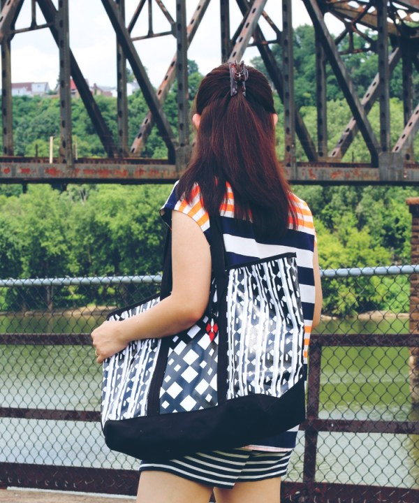 Double stripes le tote3 Double Stripes with Le Tote Style