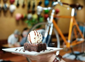 [SINGAPORE] 7 Places (Cafes and Restaurants) You Should Go To in Singapore