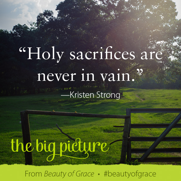 Kristen Strong The Beauty of Grace #beautyofgrace