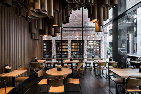arch Techne+makes+quirky+use+of+low+cost+materials+at+Grill'd's+new+Melbourne+restaurant+-+KNSTRCT