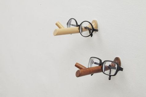 Every PINOCCHIO glasses holder is carved by Taiwan masters from Fagus