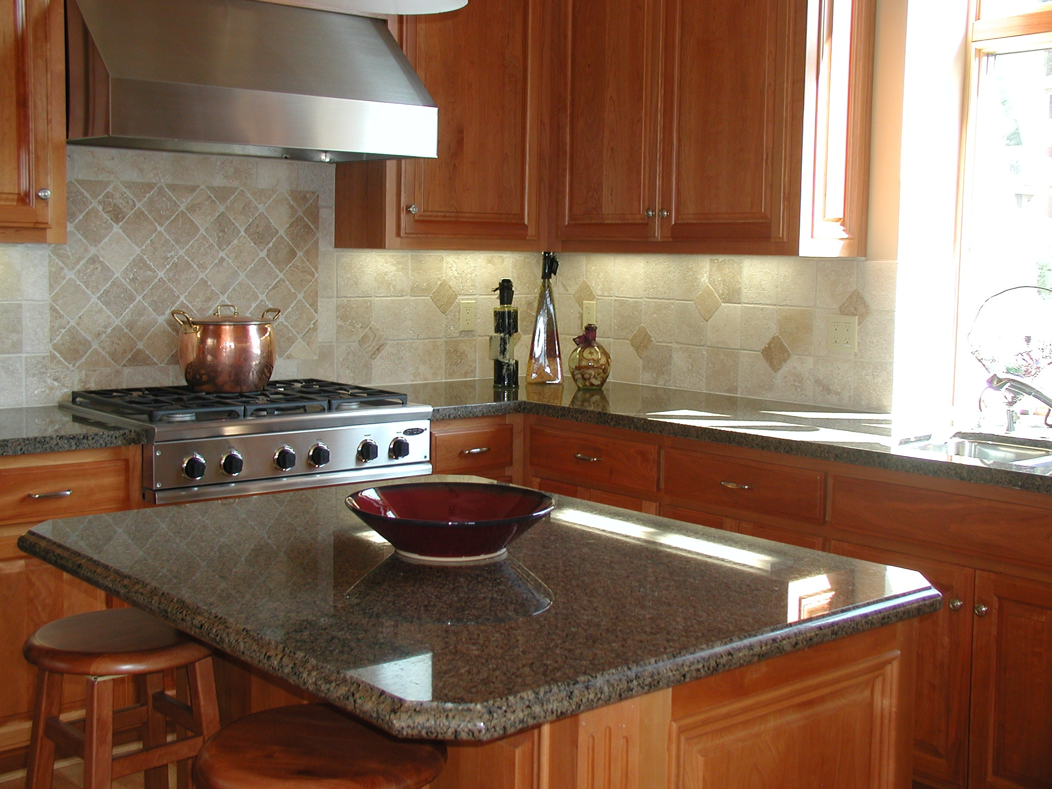 granite top kitchen island with seating granite kitchen island Granite top kitchen island with seating Photo 5