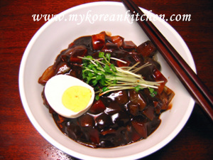 Jajangmyun in the bowl