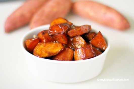 Crispy-Sweet-Potato-in-Caramelised-Sauce-Goguma-Mattang-1