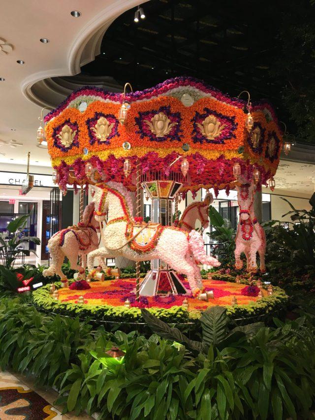 WYNN Flower Carousel