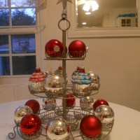 "Alternative Uses for a Cupcake Stand - Finished ""Tree"" & Candleholder"