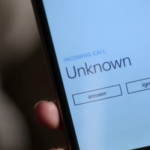Trick to Hide your phone number during any call !