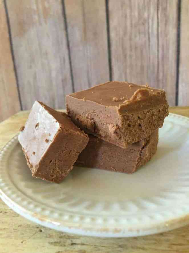 Chocolate Peanut Butter Collagen Fudge {Low Carb, Sugar Free, THM-S}