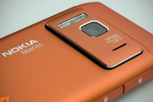 "MobileBurn's Full Nokia N8 Review – ""best camera phone ever"""