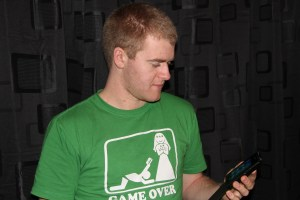 Video: Steve the smartphone n00b and the Nokia Lumia 800: Day 0 – unboxing