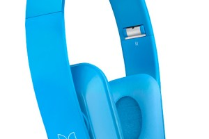 Lester Chan + Nokia Singapore giving away a pair of Nokia Purity Stereo Headset