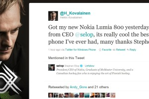"Stephen Elop gives Heikki Kovalainen/@H_Kovalainen a Nokia Lumia 800, tweets that it's ""really cool and best phone I've ever had"""
