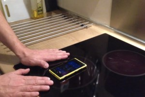 Wireless Charging on a Stove with Nokia Lumia 920 #Don'tTryThisatHome
