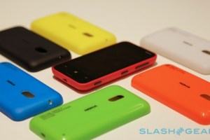 Gallery: Hands On With the Lumia 620