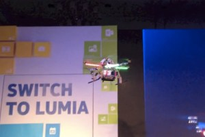 Video: Quadrocopter Nokia Lumia 920 launch (vs SGSIII)