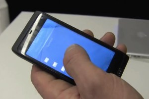 Video: Jolla Sailfish demo on Nokia N950 by Marc Dillon