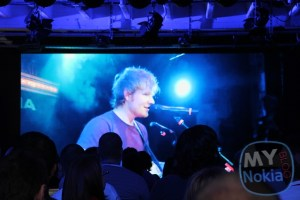 Video: Ed Sheeran singing Lego House, recorded on Nokia Lumia 928