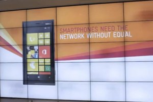 Video: Telstra Store shows some effort in promoting Windows Phone/Lumia