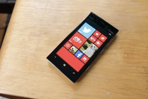 Weekend Watch: Mark Reviews the Nokia Lumia 928