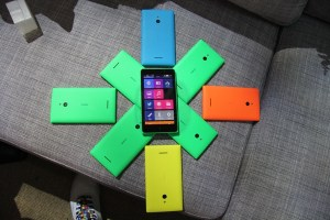 Gallery: Nokia XL in Yellow, Cyan, Orange and Green