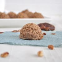 Flourless Cinnamon Pecan Cookies