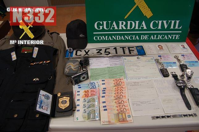 Guardia Civil Arrest 'Fake Police' Robbers