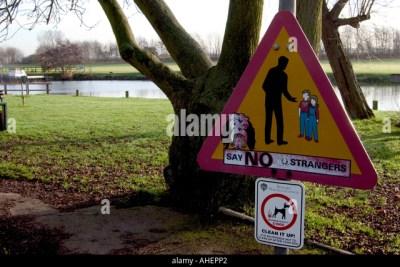 Stranger Danger Child Stock Photos & Stranger Danger Child Stock Images - Alamy