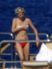 Paris Hilton Topless Sunbathing Candids (Photo)